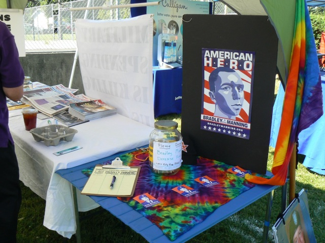 2013 Perry St. Fair table